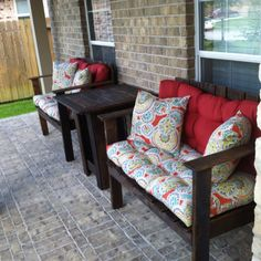 Pallet patio furniture. Just picture. No instruction