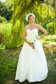 Stunning Mikaella wedding dress...