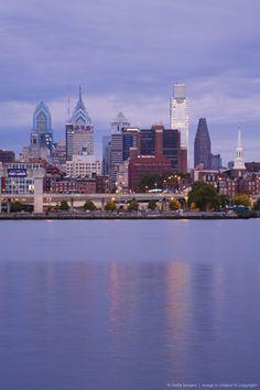 Philadelphia skyline and Delaware River, Philadelphia, Pennsylvania. http://phillyspringbreak2014.com/