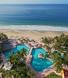 The Sunscape Dorado Pacifico is located on a sandy beach on quiet Playa del Palmar. (From: Photos: Best Beachfront All-Inclusive Resorts that Fit Your Budget)