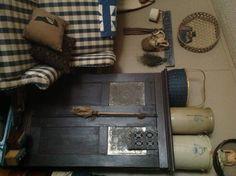 love the blue cupboard.