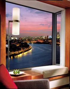 FOUR SEASONS HOTEL LONDON, CANARY WHARF
