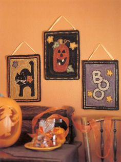 Beautifully spooky! Halloween hooked rugs, designed by Little Quilts.