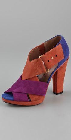 One pretty shoe.