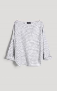 slouchy sweater. want.