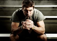 Tim Tebow by Jeremy Cowart > http://jeremycowart.com/new-blog/wp-content/uploads/2012/04/05_tim_tebow.jpg #cowart #photography