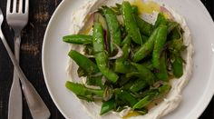 Sugar snap peas with ricotta
