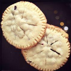 """Bike Wheel"" shortbread cookies filled with fresh blueberries. YUM!"
