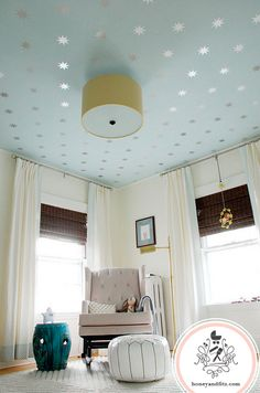 Coronata Star Ceiling with Urban Wall Decals