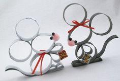 Souris en carton (paper roll mice) - A faire avec des rouleaux en carton récpérés de la poubelle.