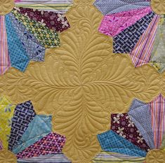 Dresden Plates Quilt by QOB, via Flickr