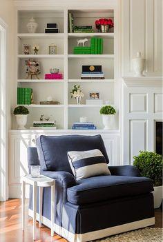 Bookshelf styling+chair