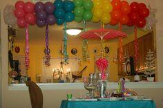 balloon party ideas, birthday idea, rainbow balloons, rainbow balloon arch, kids birthday parties at home, rainbow kids birthday party, kid parties, parti idea, balloon arch decorations