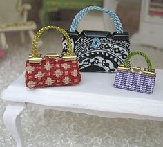 Knotty By Nature: Miniature binder clip handbags: yay for quickie mini purses!
