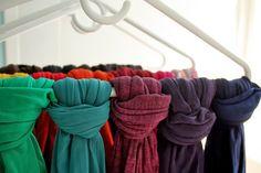 Dicas de como organizar a casa e o guarda-roupas - cachecol