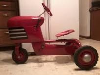 ANTIQUE MURRAY TRAC PEDAL TRACTOR