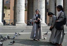 st.Peter,s...and happy nuns - Vatican, Vatican City