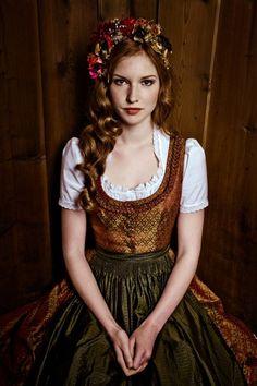 Fairy tale princess gorgeous! Lena Hoschek Tradition - Herbst/Winter 2012. #autumn #fall #gold #dirndl #dress #German #Austrian #folk #traditional #costume #Oktoberfest