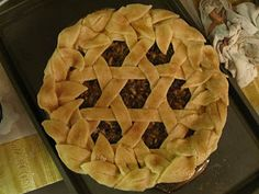 This is a pie that my baby girl made a couple of years ago for Thanksgiving. Just saw that people are pinning it! Way to go Bean! :)