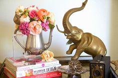 vignette, elephant, flowers