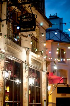 ♔ The Odeon Bistro, colorful Parisian cafe at night