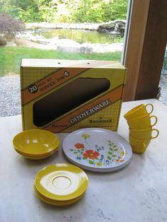 Vintage Melamine Melmac Dinnerware Set by Brook Park with Box