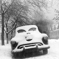 vintag car, face, park car, vintage cars, snow, eye photo, chicago, bw photo, 1950