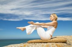 4 yoga moves for a slimmer tummy