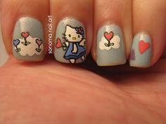 http://www.sonomanailart.com/2012/02/hello-kitty-valentine-nails.html