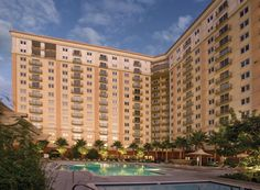 The WorldMark in Anaheim.  Walking distance to Disneyland.   We are staying here next summer.  One timeshare company that is totally worth the money :-)