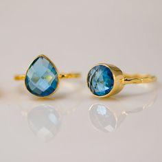 Blue Topaz Ring  Bezel Ring  London Blue Topaz by delezhen