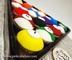Pool Billiard Cupcakes