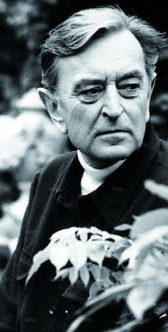 David Lean (March 25, 1908 - April 16, 1991) British filmdirector (known from 'Lawrence of Arabia', 'The bridge over the river Kwai' and 'Doctor Zhivago').