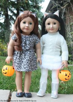 Fashioning an Easy Halloween Costume for Dolls