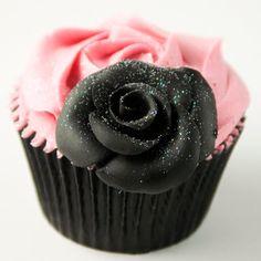 black rose cupcake....
