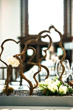 Love this branch centerpiece!!