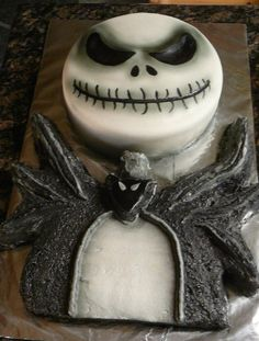 Nightmare Before Christmas-Jack Cake http://www.partysuppliesnow.com ...