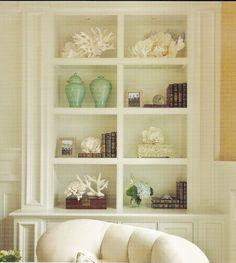 beachy bookshelves - bathroom accesssories