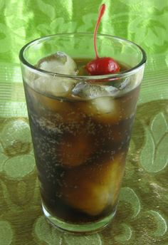 Mixy's Rum and Coke cocktail