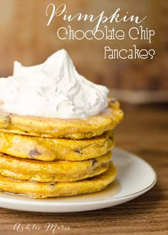 From Ashlee Marie: Pumpkin Chocolate Chip Pancakes - Oh my goodness! Perfect for my leftover pumpkin!