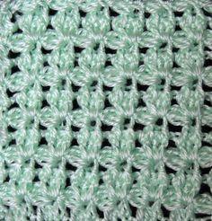 Punto en Crochet formado lazos en relieve.