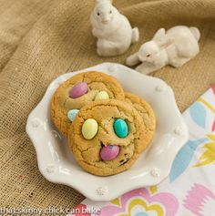 chocolate chip easter cookies.....lots of easter food ideas!