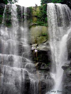 Cachoeira véu da noiva  Brasil