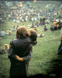 Woodstock kiss