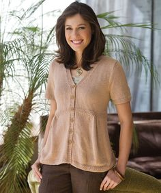 Free Knitting Pattern:  Short sleeved cardigan
