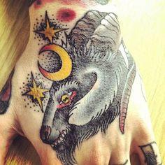 hand tattoo | Tumblr tattoo women, hand tattoos, foot tattoo, knuckl tattoo