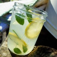 Hit-the-Spot Lemon Water! This will be great to hydrate all summer long.