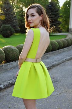 Neon & Backless