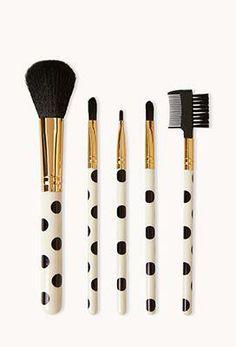 polka dot makeup brushes! so cute.