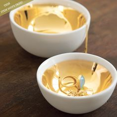 DIY Gold Bowls...buy white soysauce bowls from daiso and paint gold inside!